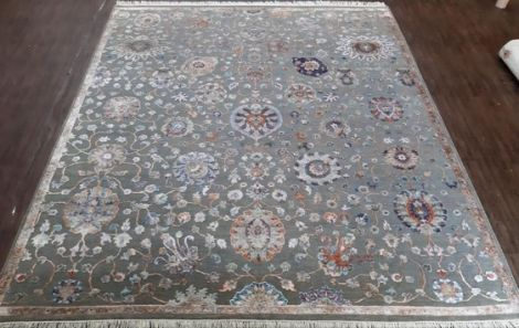 Silver Background Floral Area rug 309 x 232 cm