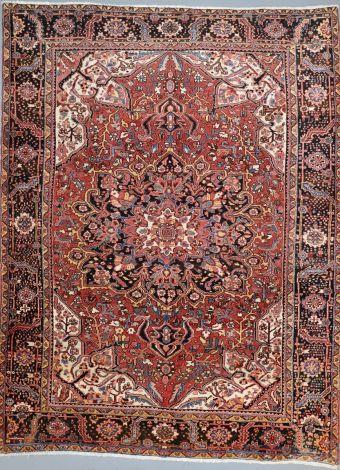 Heriz floral medallion rug 410 x 307 cm