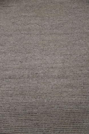 Loop wool and Bamboo Silk Area Rug 390 x 300 cm